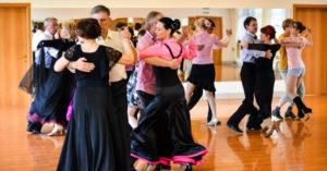 Cour de danses près de Modave